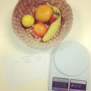 Teach Maths / Simple Weighing Activities