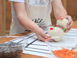 Play Dough Snowmen